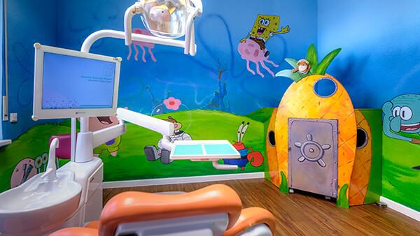 Zahnarzt Meerbusch - Nazer - unsere Praxis ist kindgerecht eingerichtet