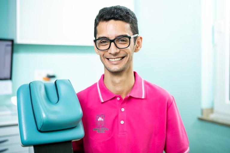 Zahnarzt Meerbusch - Nazer - Team - Arman Saberi