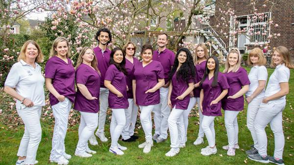Zahnarzt Meerbusch - Nazer - das Team unserer Praxis